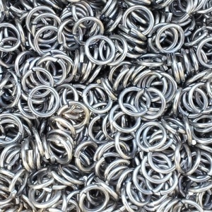 "100 ct. 16 ga Stainless Steel 5/16"" Links"